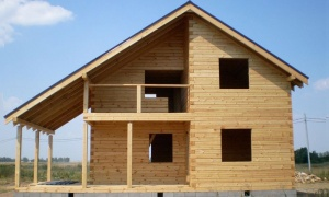 Laminated veneer lumber houses